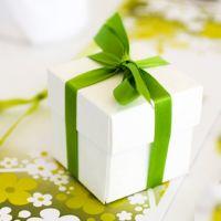 Идеи подарков: что подарить близким людям