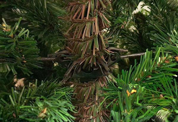 Новогодняя искусственная ёлка Verona с ветками на шарнирах